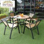 Set Kursi Cafe Outdoor Bahan Besi Kombinasi Kayu Jati