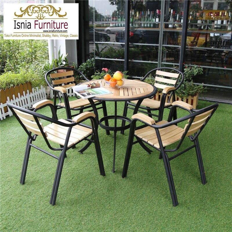 kursi-cafe-outdorr-bahan-besi-kombinasi-jati Set Kursi Cafe Outdoor Bahan Besi Kombinasi Kayu Jati