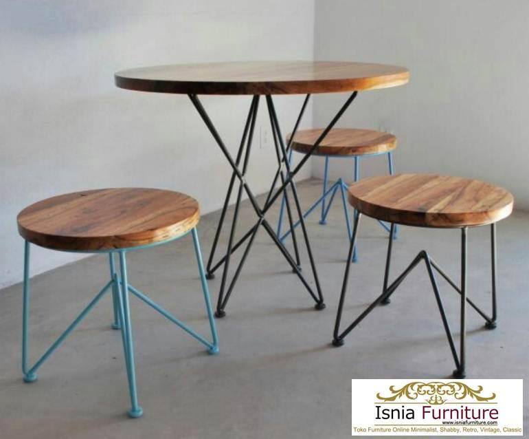 meja-trembesi-kakai-besi-untuk-makan Meja Trembesi Kaki Besi Untuk Makan Sehari Hari Model Minimalis